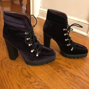 Report Signature Purple Velvet ankle boots